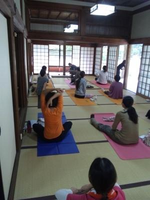 syosya2012_asana.jpg