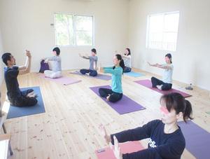 takaoka_yoga.jpg